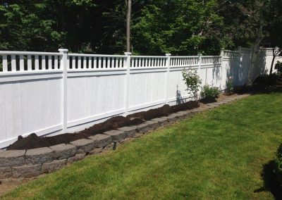 Woodinville-Fence-Installation-and-Landscape-Design