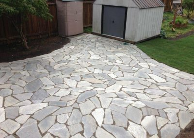 Woodinville-Flagstone-Patio-Installation